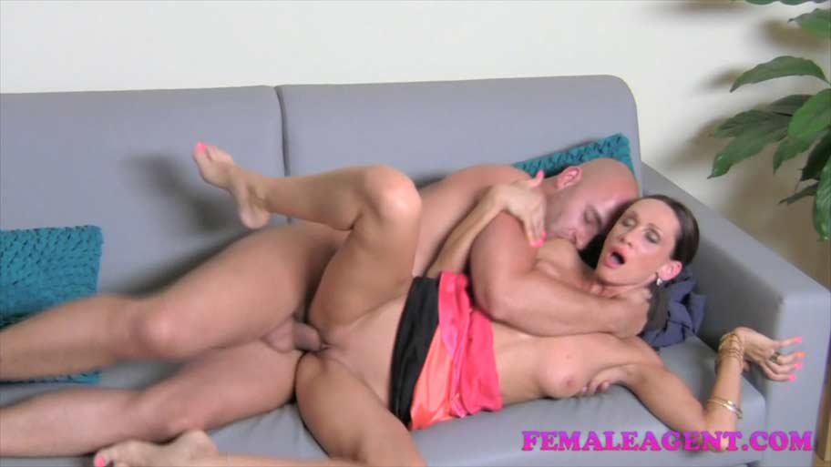 Big Cock Tight Fit Pussy