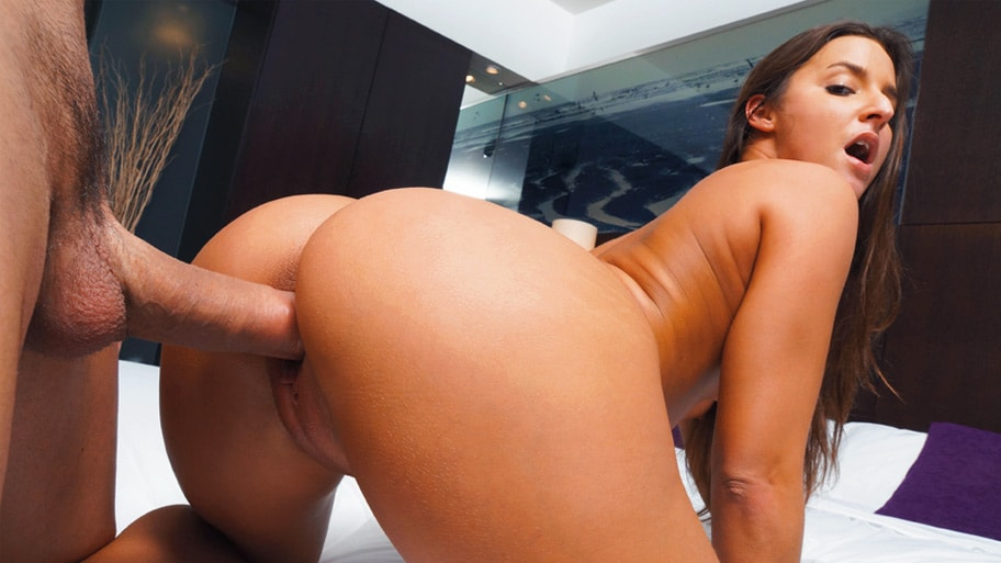Amirah adara all about anal ass fingering and booty shakin039039