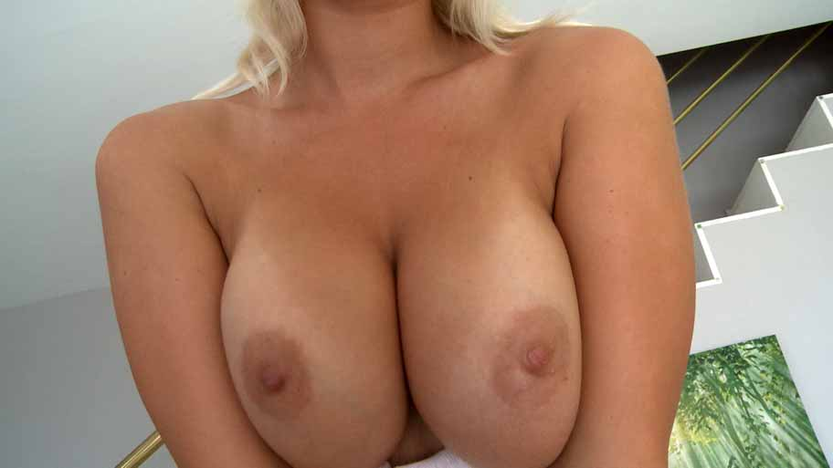 Euro girl with perfect boobs
