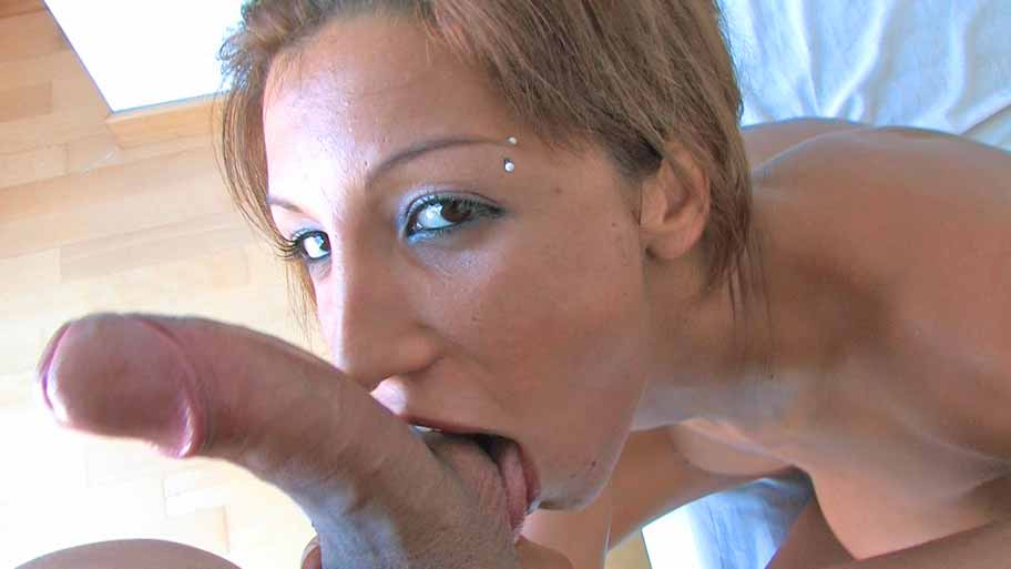 Fayna Vergara sucking big Spanish cock