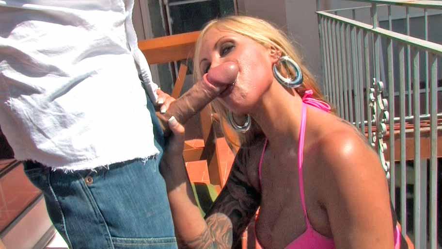 Horny blonde swallowing hot cum